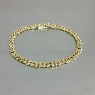 14 Karat Yellow Gold Diamond Curb Chain Bracelet (0.59ct)