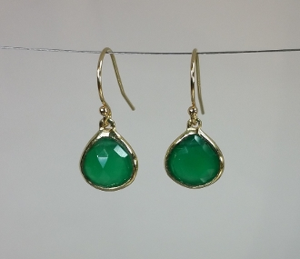 14 Karat Yellow Gold Green Onyx Earrings (10x10mm)