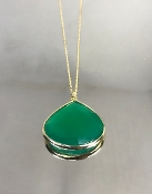 14 Karat Yellow Gold Green Onyx Necklace (20x20mm)