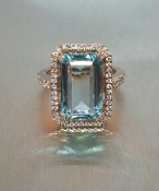 14 Karat Rose Gold Aquamarine Diamond Ring (0.55ct)