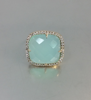 14 Karat Rose Gold Chalcedony Diamond Ring (0.50ct)