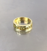 18 Karat Yellow gold Yellow Diamond Band (1.12ct)