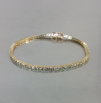 14 Karat Rose Gold Champagne Diamond Bracelet (2.72ct)
