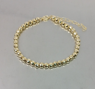 14 Karat Yellow Gold Diamond Cut Disco Ball Bead Bracelet (4mm)