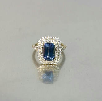14 Karat Yellow Gold Tanzanite Diamond Ring (3.09/0.75ct)