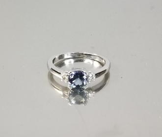 14K White Gold Tanzanite Diamond Ring (.88ct/.10ct)