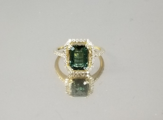 14K Yellow Gold Green Tourmaline Diamond Ring (2.29ct/.26ct)