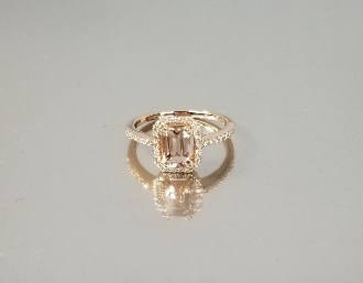 14K Rose Gold Morganite Diamond Ring (.90ct/.19ct)