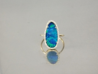 14 Karat Yellow Gold Australian Opal Diamond Ring (2.67/0.13ct)
