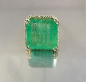 14 Karat Yellow Gold Colombian Emerald Dia. Ring (19.27/0.39ct)