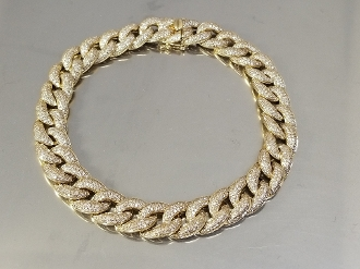 14 Karat Yellow Gold Diamond Curb Chain Bracelet (3.52ct)