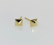 Pyramid Gold Stud Earring (Yellow Gold)