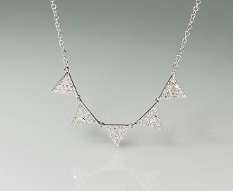 14K White Gold 5 Triangle Diamond Necklace 0.28ct