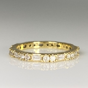 18K Yellow Gold Baguette/Round Diamond Eternity Band 0.29/0.44ct