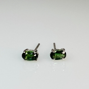 14K White Gold Oval Green Tourmaline Stud Earrings 0.44ct