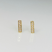 14 Karat Yellow Gold Diamond Bar Stud Earrings (0.11ct)