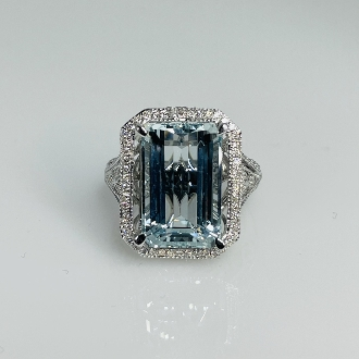 14K White Gold Aquamarine Diamond Ring 8.63/0.28ct